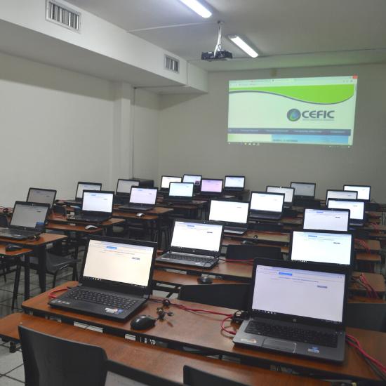 Salas de Capacitación | CEFIC